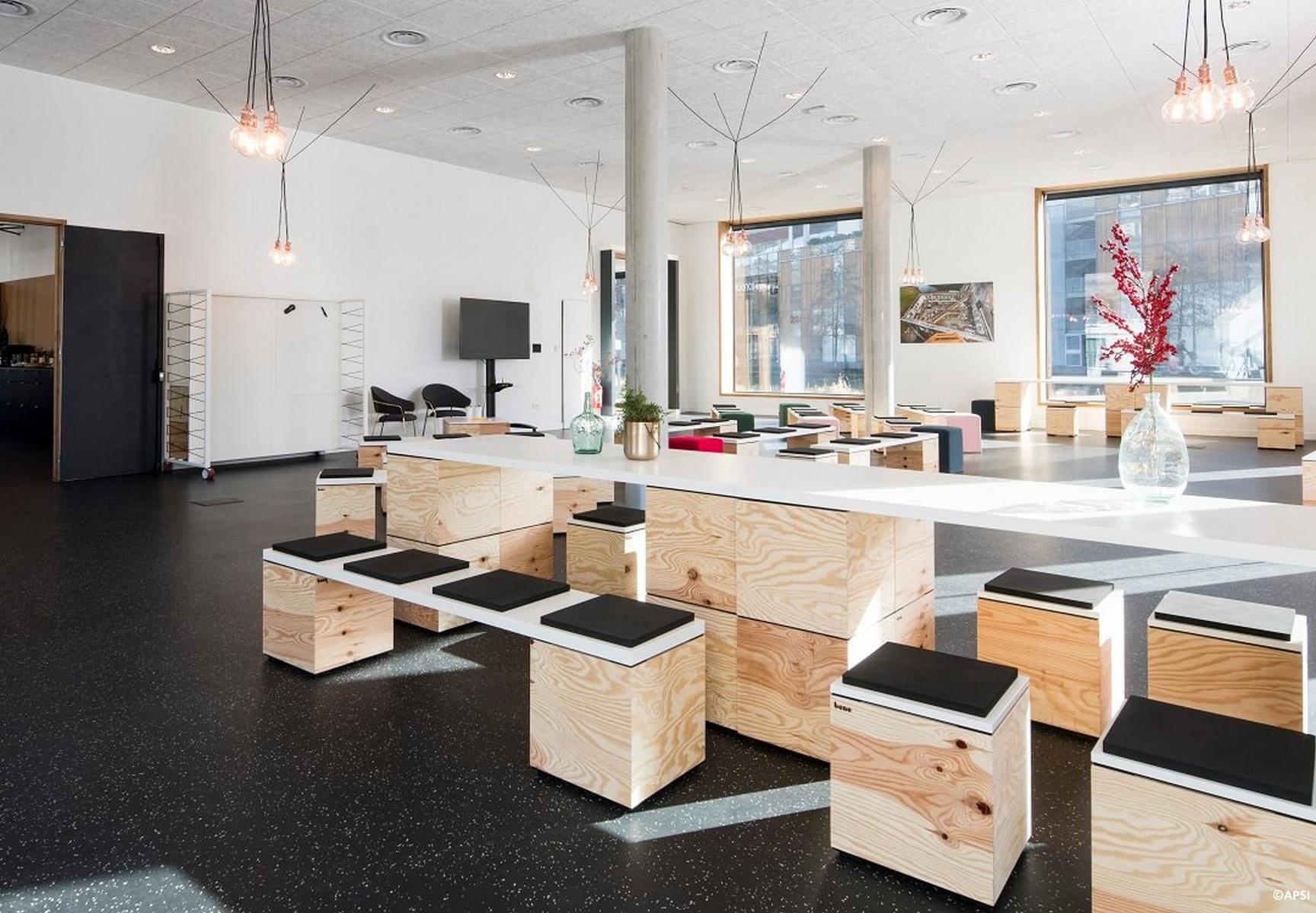 Port Rambaud - Capitainerie - Lyon Confluence : espace intérieur - Z Architecture
