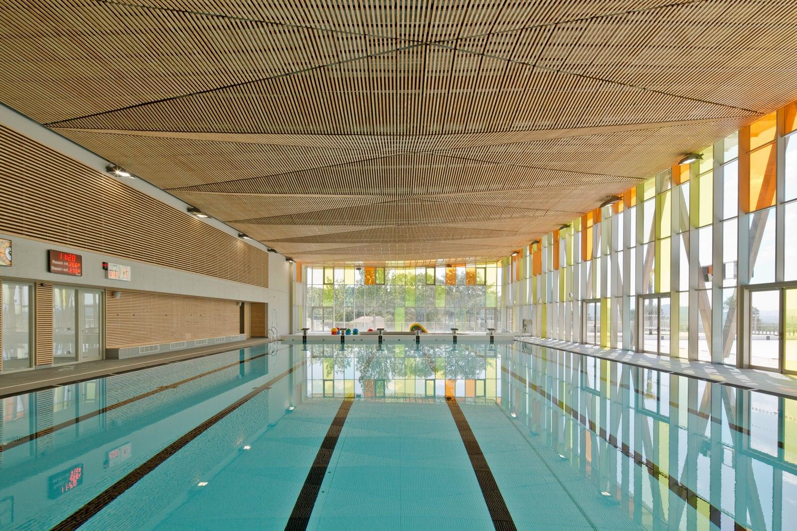 Piscine Pertuis Durance Lubéron : halle bassin - Z Architecture