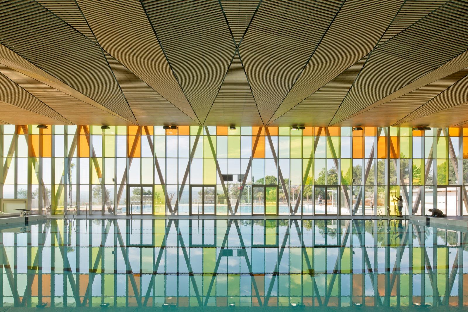 Piscine Pertuis Durance Lubéron : bois et verre - Z Architecture