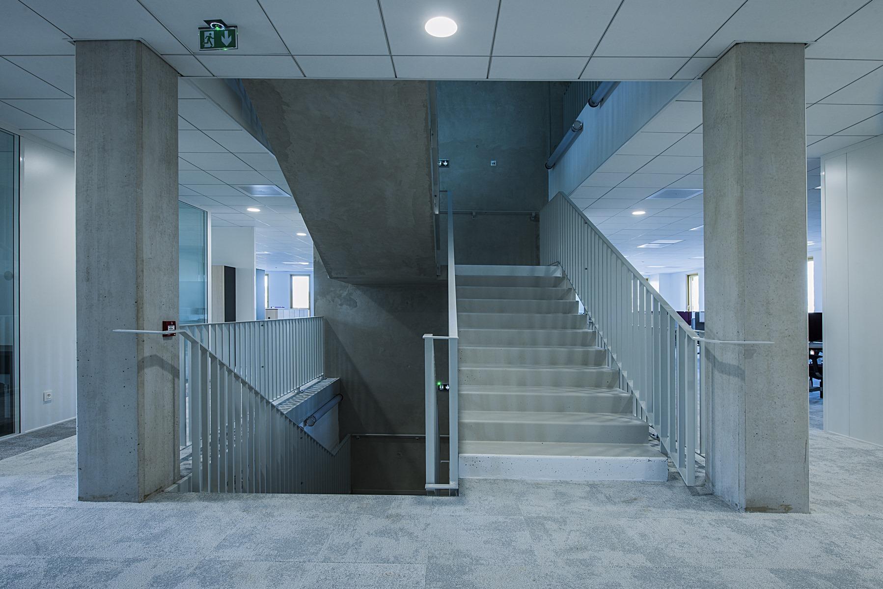 Siège ABB - Beynost : vue circulation intérieure - Z Architecture