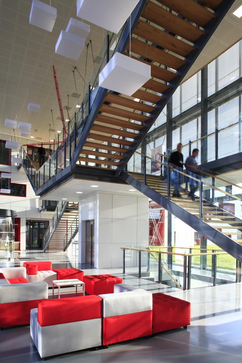 Siège Manitowoc - Dardilly : hall - Z Architecture