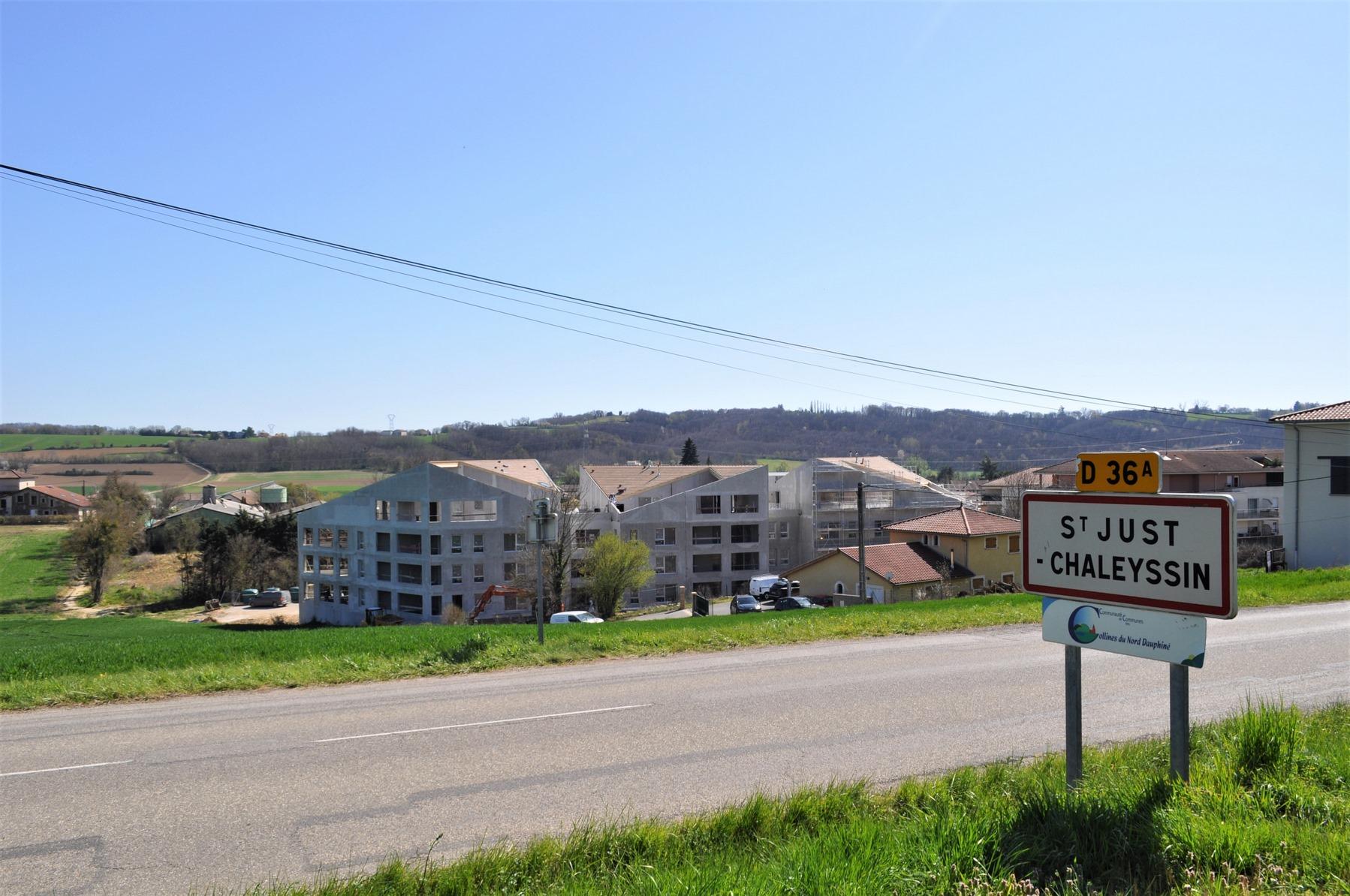 31 logements avec chambre d'hôte, atelier bricolage... - Saint-Just-Chaleyssin - Z Architecture
