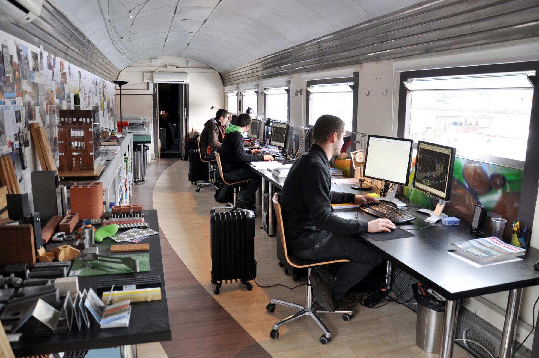 Agence d'architecture dans wagon SNCF - Sucrière - Lyon Confluence - Z Architecture
